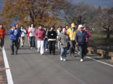 091129nyuko_walking 017b.jpg