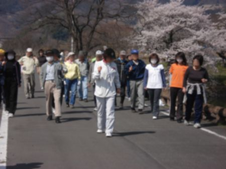 100410walking_nyuko 021b.jpg